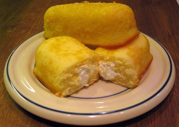 Twinkies: 30+ ingredients for this cream-filled cake Photo credit: Holter Family Collection