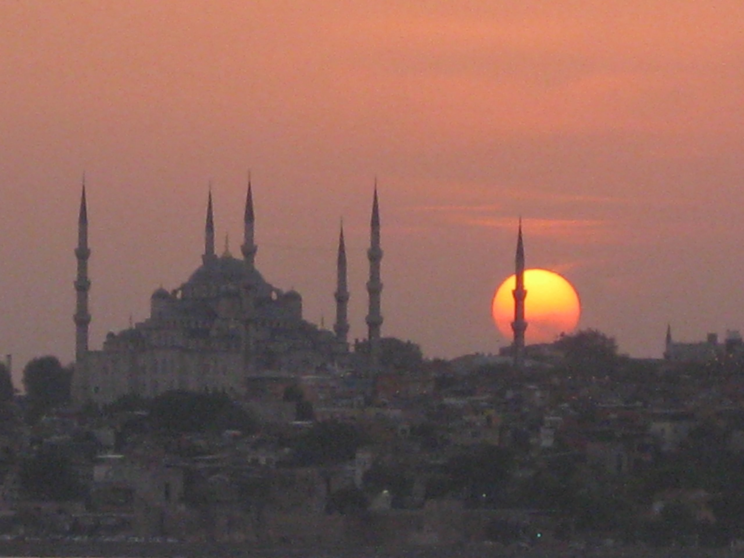 Sunset over Istanbul, Turkey Photo copyright: Helen Holter