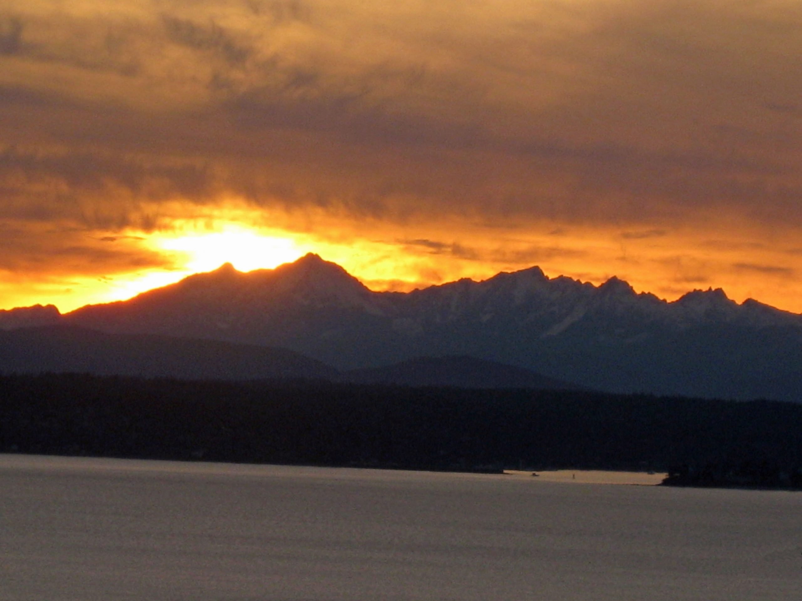Seattle sunset, as winter dissolves into almost-spring. (March 4, 2013)